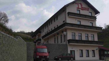 Hotel Dennis 1